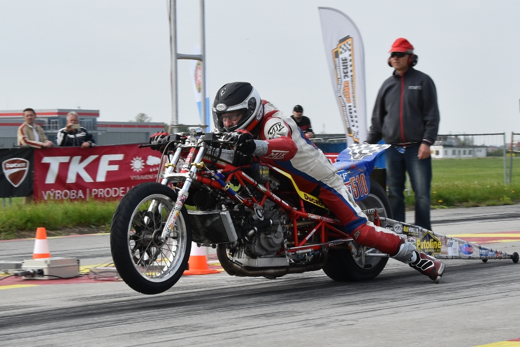 6-7 may 2017 Dragday-1 Hoskovice Czech Republic, 2nd Palce in Competiton Bike vor Herman Jolink on the Ducati 1198 RS Drag Bike, from the 7 riders. with registration from Czech TV