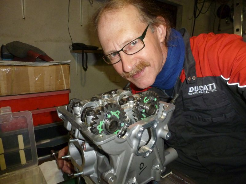 30 october 2017, Herman Jolink working at the Cylinder Head from the Ducati Panigale-1 Drag Bike