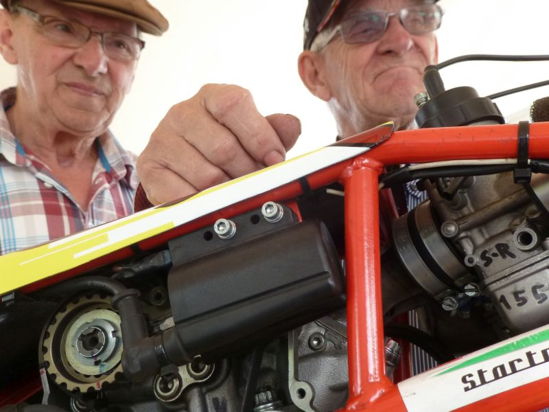 Open House Bas Jansen Wesepe-Olst Netherlands Carrosseriebouw jansen Oldtomer Cars Restauration and building Classic Race Replica Cars Two fans from The Dragracing Team Herman Jolink leaning on the Ducati 1198 RS Drag Bike